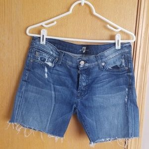 Women's 7 for all Mankind Jean short's ... 28